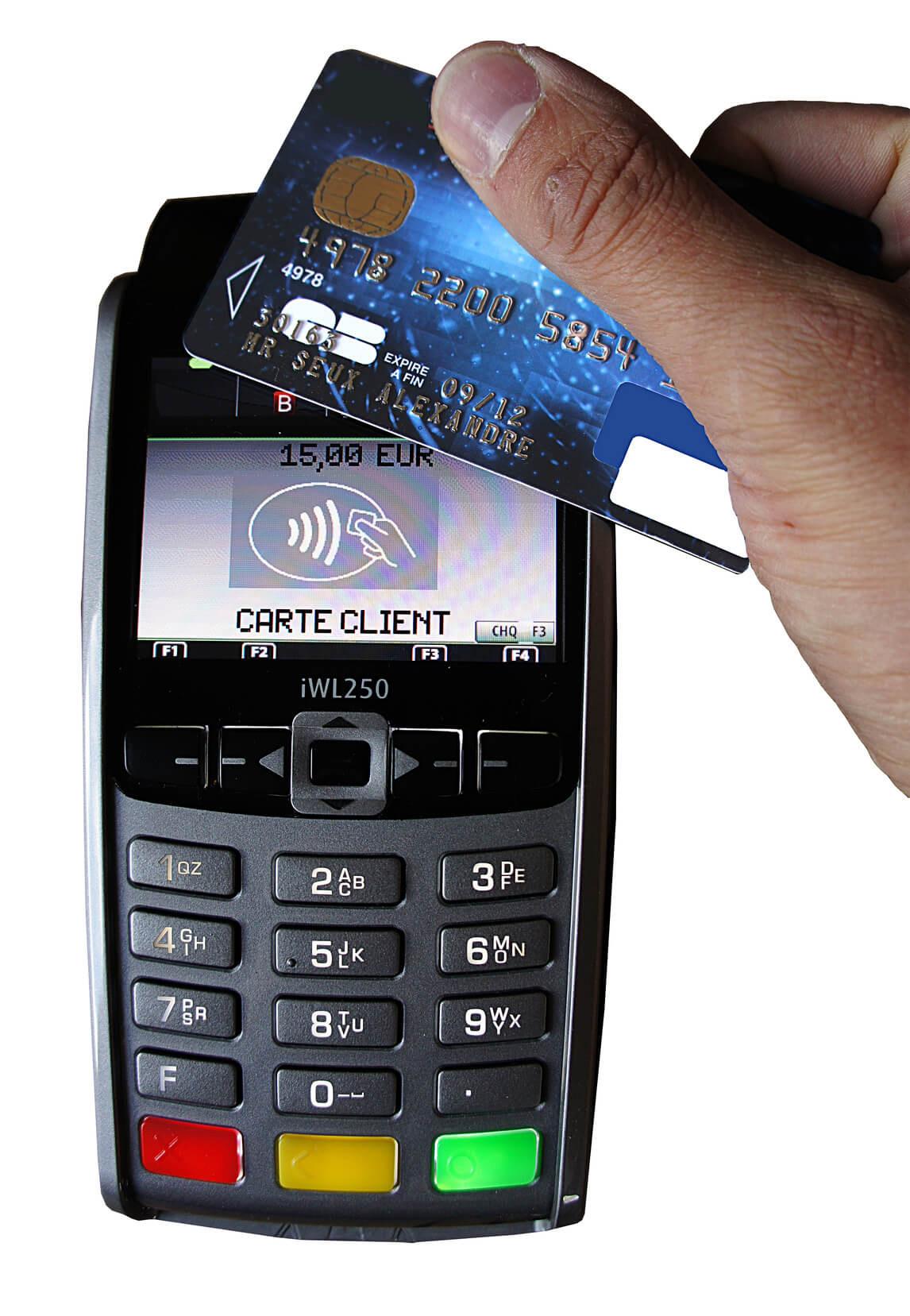 Le Paiement Sans Contact Va T Il Tuer La Carte Bancaire