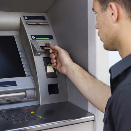 Combien co te un retrait par carte bancaire dans une autre banque - Combien coute un escalier sur mesure ...