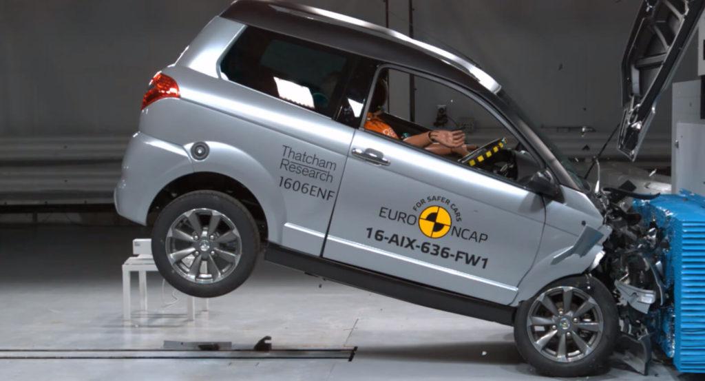 Un crash-test de voiture sans permis